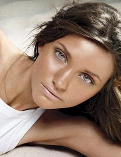 Summer skin bronzer